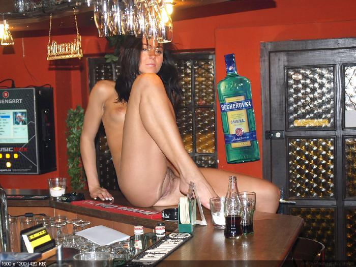 foto-striptiz-chastnoe