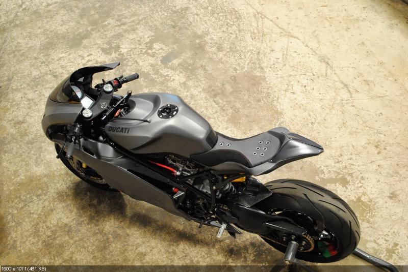 Тюнингованный байк Ducati 999 Carbon