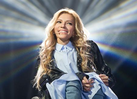 Юлия Самойлова исполнит гимн России в Москве в день финала