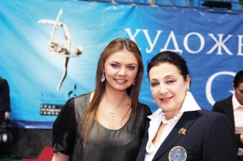 Ирина Винер-Усманова рассказала об особенной семье Алины Кабаевой